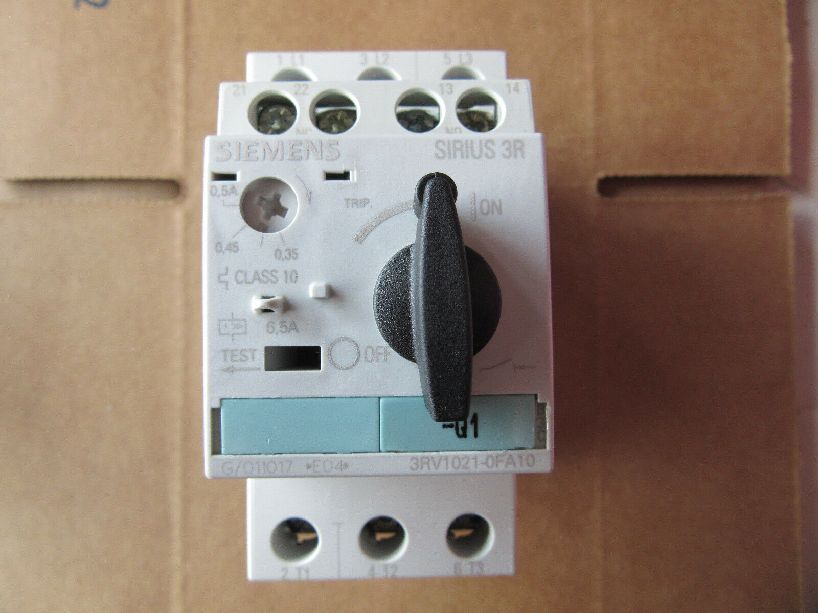 Siemens 3RV1021-0FA10 Overload Predection Breaker .35 to .5A NEW   Free Shipping