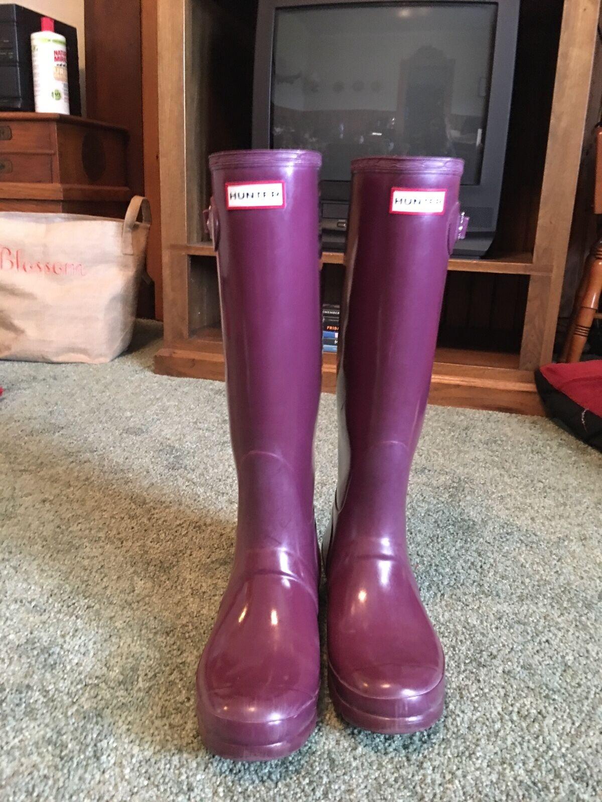 Purple hunter rain boots. Size 8, barely worn.