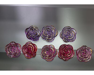 / Sehr hübsches Blütenknopf-Set - Rosenmotiv - wohl ab 2010