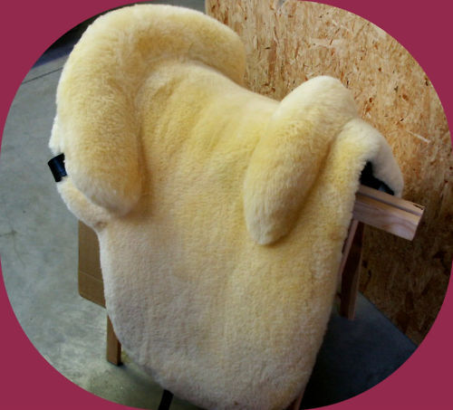 Zalea Saddle Cover Saddle Seat Real Lamb's fur - Ludomar Alta Escuela