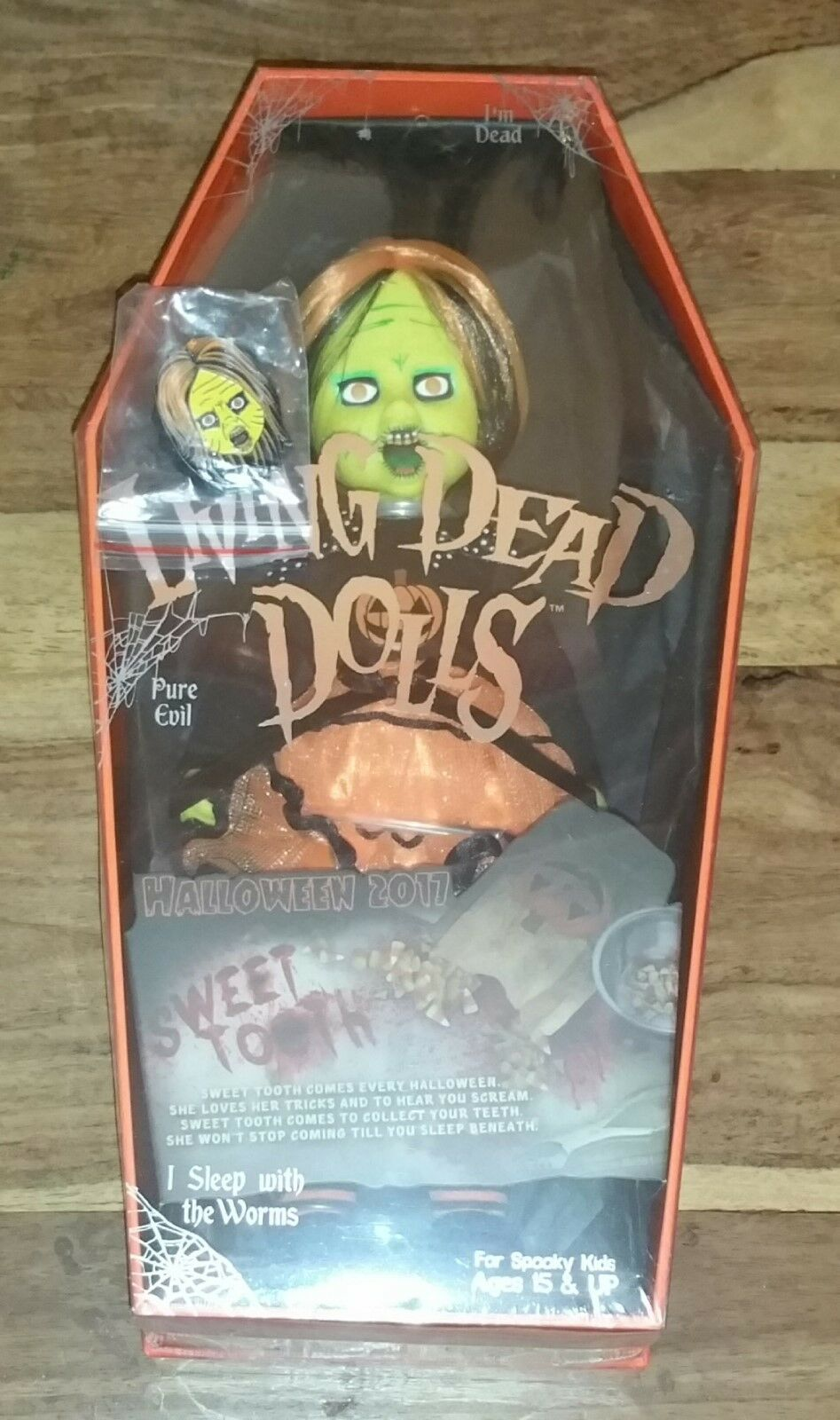 LIVING Dead Dolls SWEET TOOTH Halloween 2017 Figura Bambola-NYCC Esclusivo Mezco