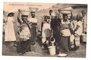 Le-Maroc-illustre-cpa-Senegalaises-a-la-fontaine-i-9936