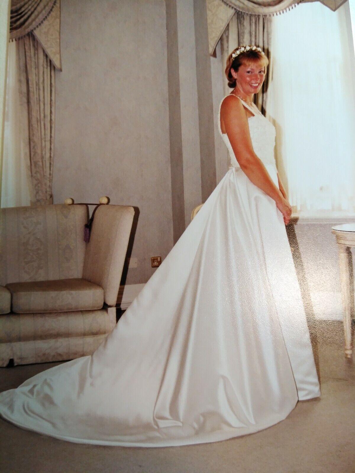 Wedding dress size 12 used