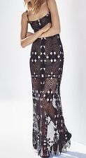New with tag $468 BCBG Max Azria Evelina Geometric Lace Maxi B1063 Dress Sz 0