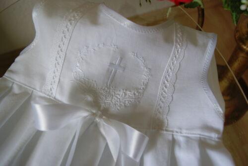 Festkleid Taufkleidchen Baumwolle mit Spitzen und Bestickung ** Baby Taufkleid