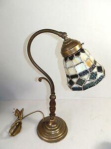 Dettagli su Lampada da tavolo in ottone brunito con vetro Tiffany abat-jour  camera da letto