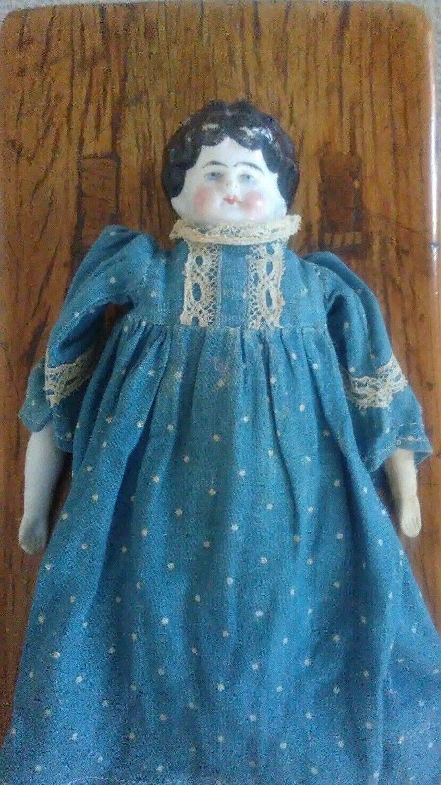 Antigua Muñeca De Porcelana Pintada A Mano Pelo Negro EE. UU.