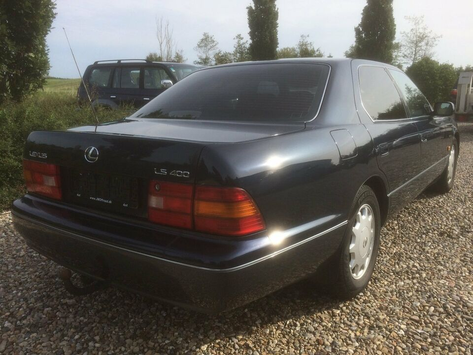Lexus LS400 4,0 V8 aut. Benzin aut. modelår 1995 km 212000