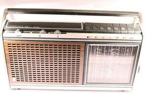 Vintage Grundig Concert Boy 1100 Radio FM/AFC/SW2/SW1/MW/LW -- WORKING