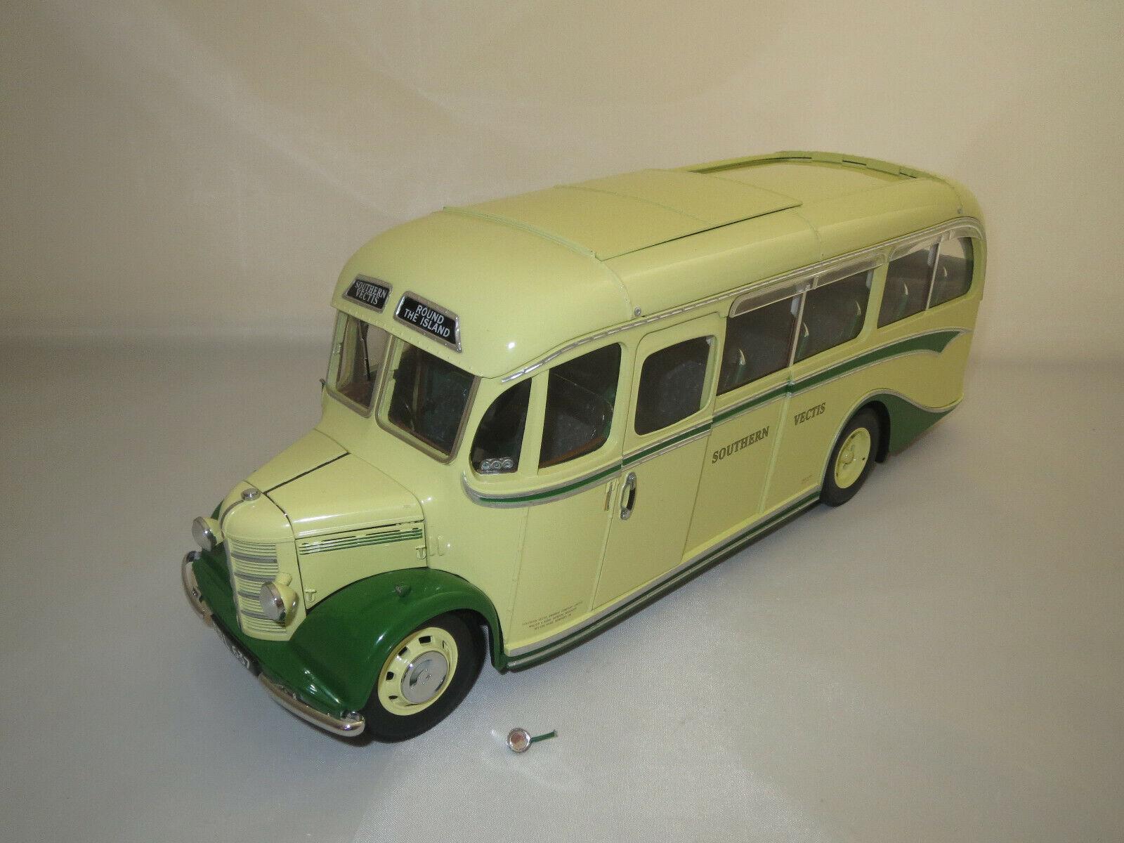 SUN STAR 5002 Bedford si (jaune vert) 1 24 neuf dans sa boîte