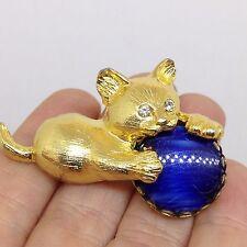 Vintage KITTEN CAT w BALL BROOCH PIN Rhinestone Blue Glass Gold Tone Jewelry