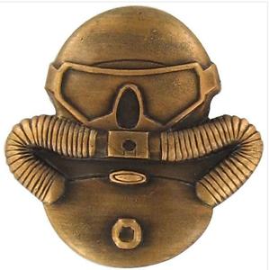 Combatant Divers Badge Regulation Size  Antique Gold US Marine Corps USMC
