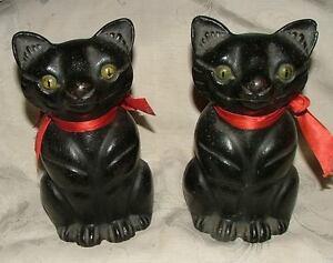 Pair Hubley Full Figured Cat Doorstops Door Stops Cast