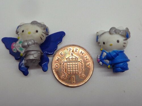 Two Plastic Kittens Dollhouse Miniature Toy/& Nursery