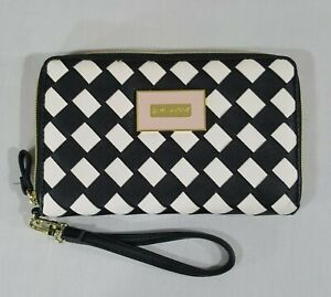 BETSEY-JOHNSON-WRISTLET-BLACK-WHITE-CHECK-ZIP-BAG-PURSE