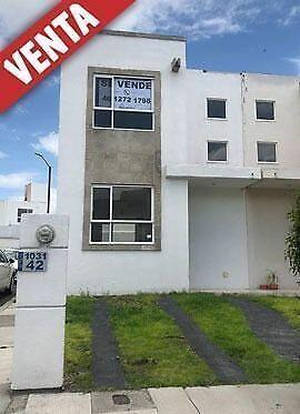 Casa excelentemente ubicada en Querétaro.