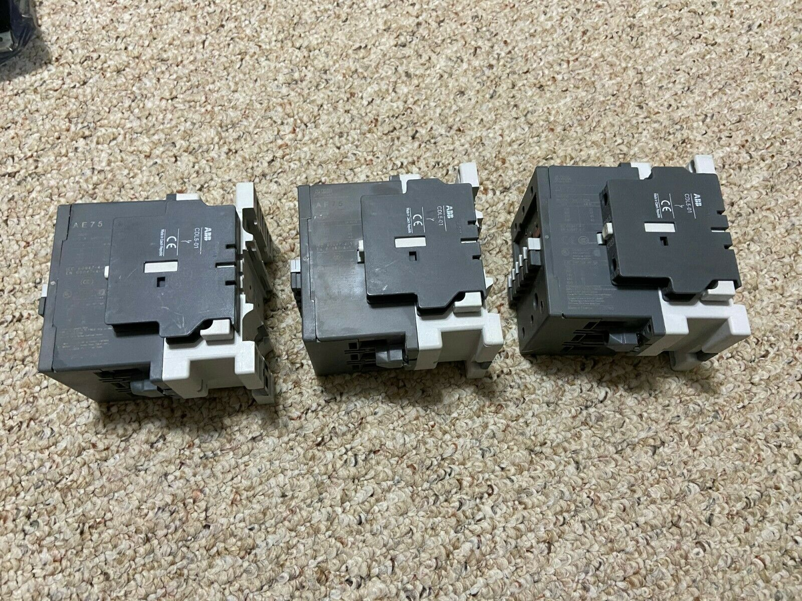 ABB 1SBH13600 1R2122 Contactor with 24VAC 20-60 VDC coil