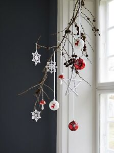 Set-of-3-Christmas-Hanging-Snowflake-Decorations-in-White-by-GreenGate-DK