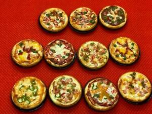 Handmade-Miniature-Pizza-on-Pan-fast-food-bakery-clay-fake-food-dollhouse