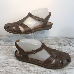 Bare Traps Ramira Brown Leather Closed