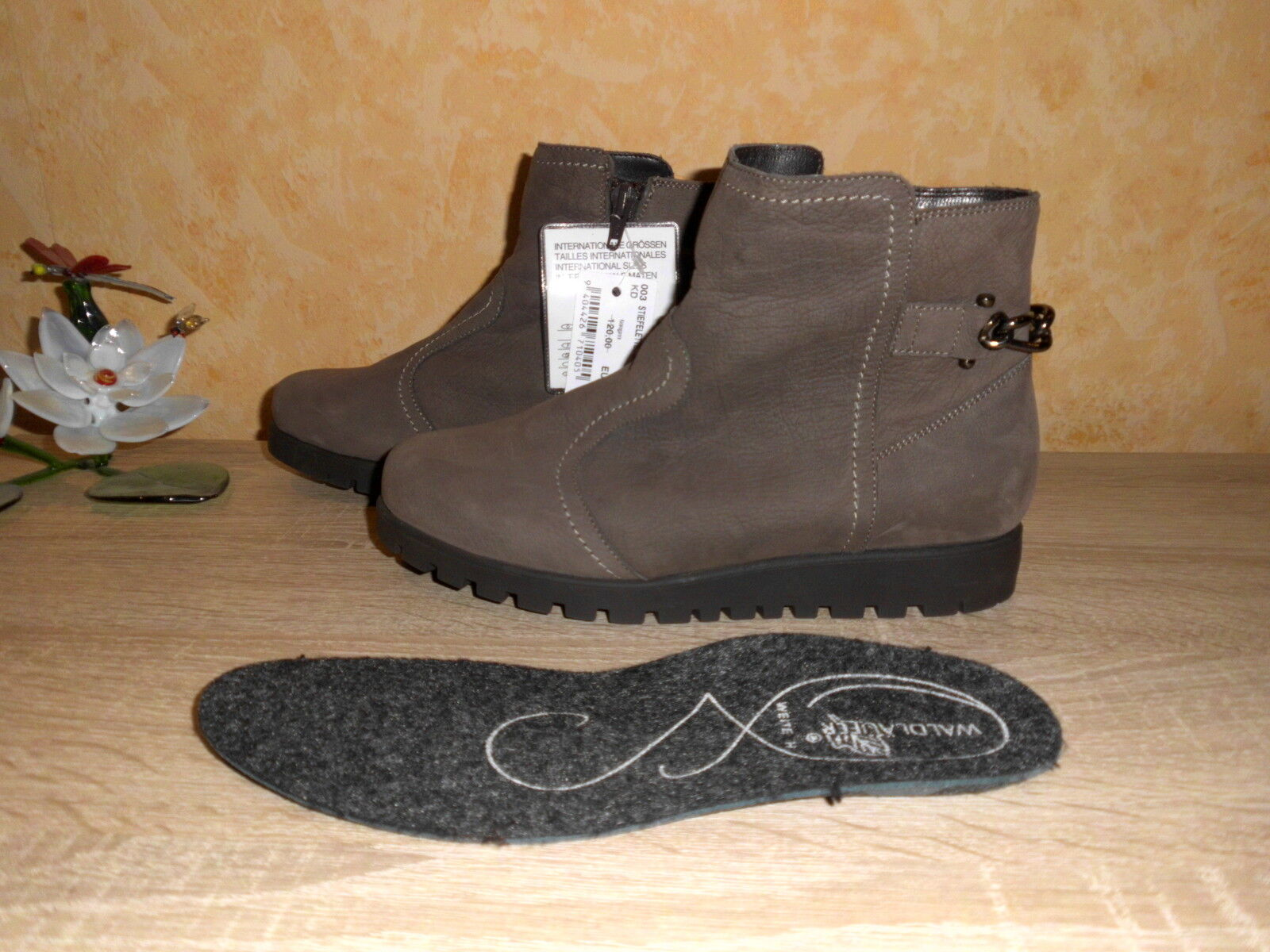 Ranger Ankle Boot NEW Size 4 37 H IN TAUPE & Nubuck for Loose Inserts
