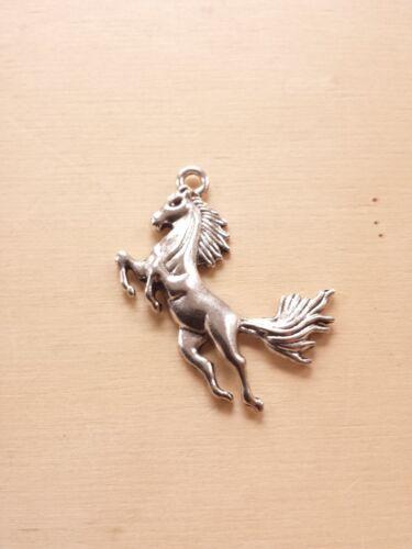 Großer Pferde Anhänger für Ketten ♥ Glücksbringer ♥ Schmuck Deko Charms Silber