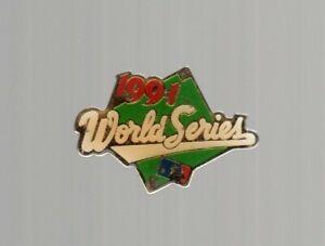 1991-World-Series-Lapel-Pin-Button-MLB-Peter-David-Enamel-Metal-1-5-034-Red-Green