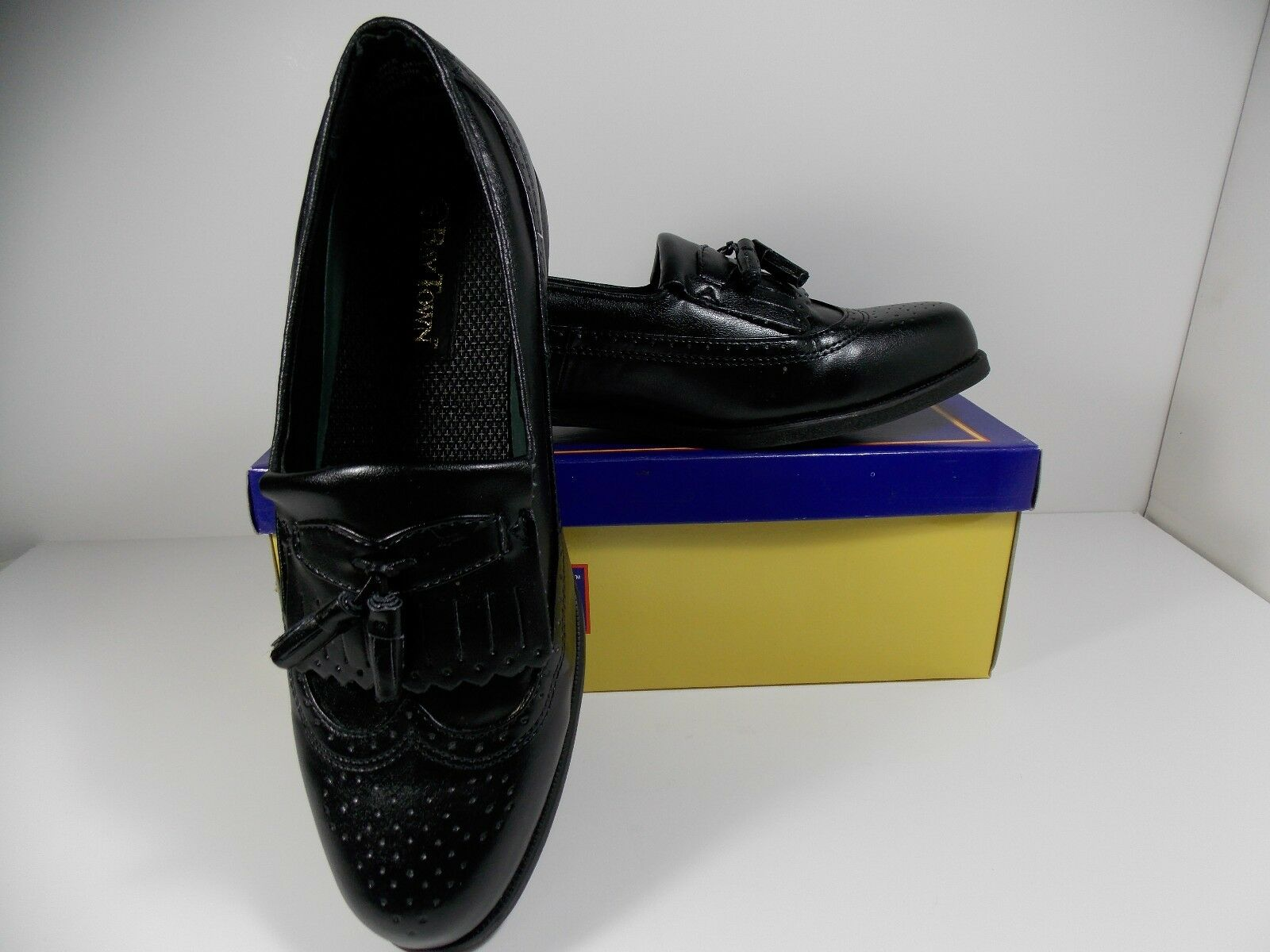 Mens Baytown  Ken  Black Tassel Loafer in Box Size 11M   Worn Once