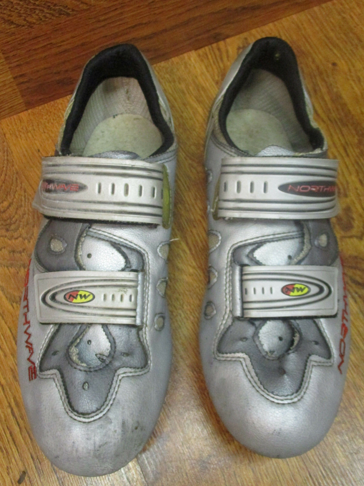 VINTAGE NORTHWAVE CARBON ROAD CYCLING SHOES EURO 43 US 10