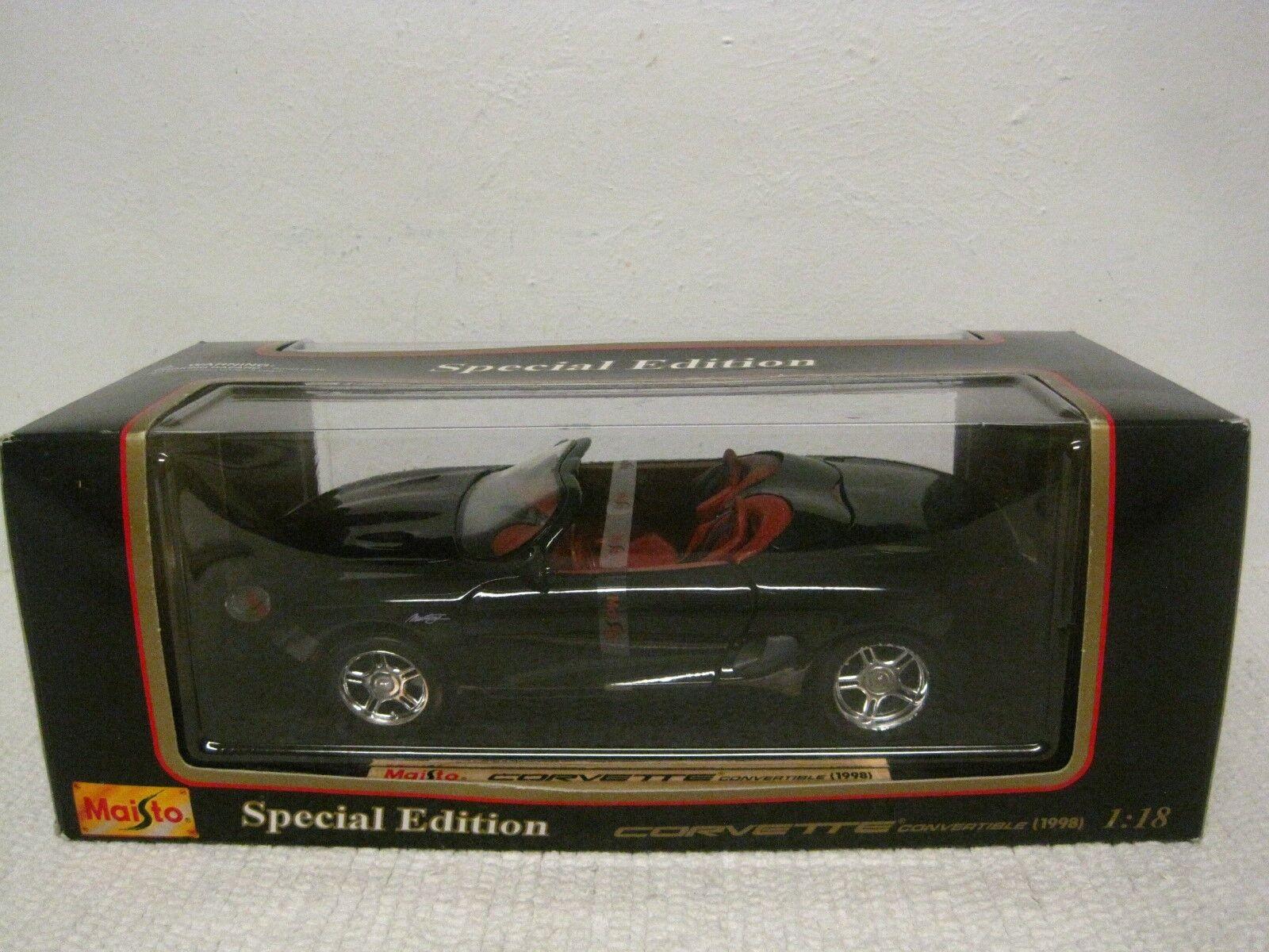 Error coche Maisto Special Edition Negro con Interior Rojo Mustang en Caja Corvette 98