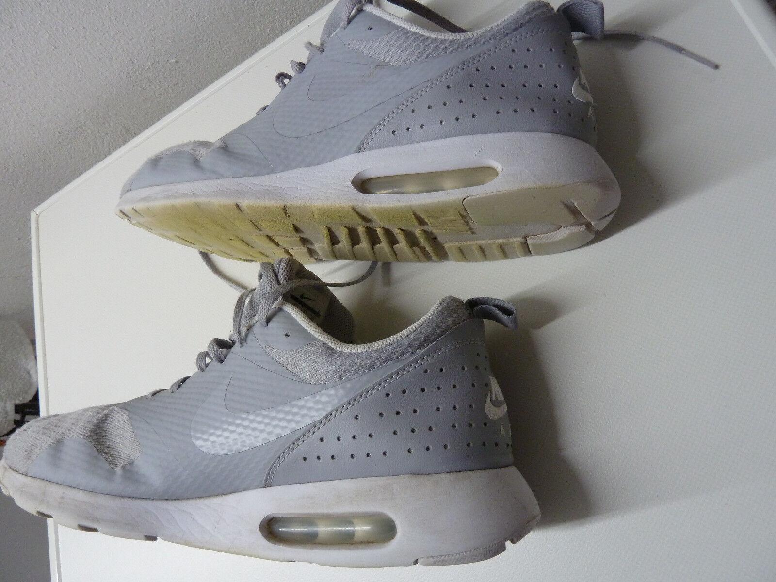 Nike AIR MAX Tavas Gr. 46   US 12   30 cm - grau Weiß Nike   705149-028