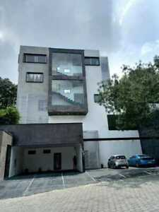 Casa de lujo  con elevador en Valle escondido