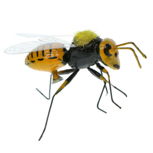 20x Realistic Bee Animals Ornament Figure Art Home Lawn Tree Grassland Decor