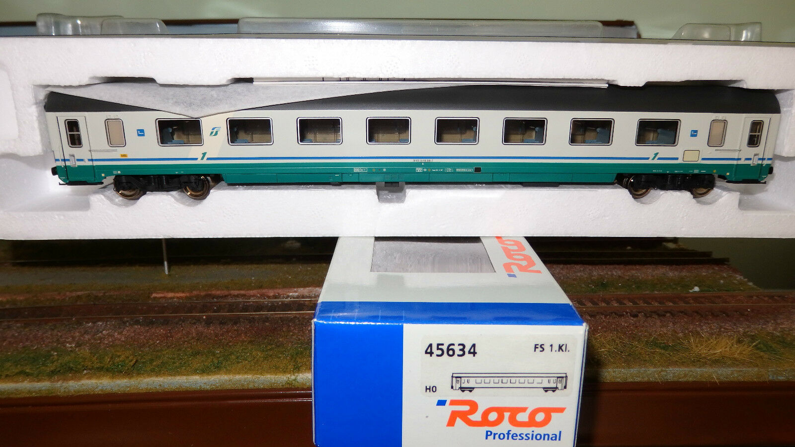 Roco 45634 Gran Confort Compartments Type Tee 1969 Type 1970 Xmpr