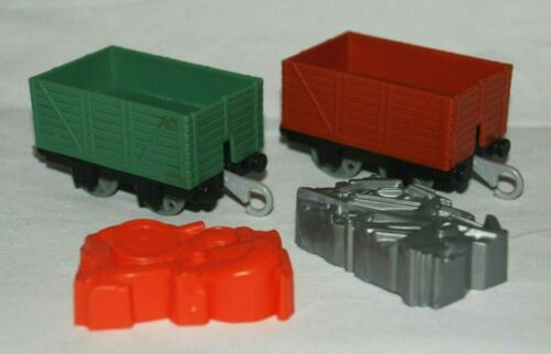 Choose from Various Thomas /& Friends Trackmaster Motorized Engines with Trucks