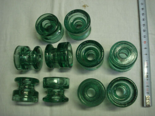 Isolateurs anciens en verre vert clair lot de 10 diamètre 42 mm SEDIVER France