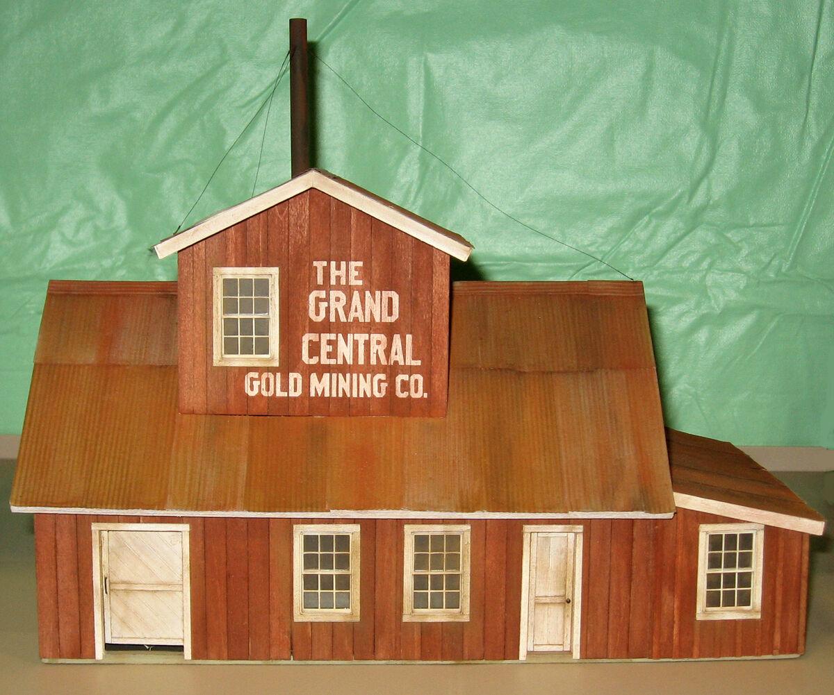GRAND CENTRAL oro MINE O On30 Model Railroad Structure Unptd Wood Kit CM78916