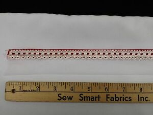 Red-and-White-Interlaced-Check-w-White-Eyelet-Trim-1-375-034-W-5-yd-Piece-CTO