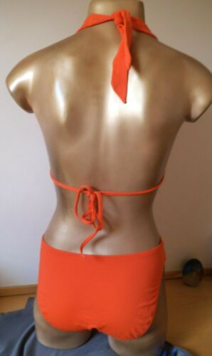 Striking  Lined Halterneck Bikini Set Size 12 New