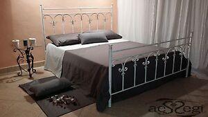 LETTO MATRIMONIALE IN FERRO BATTUTO BIANCO /ORO | eBay
