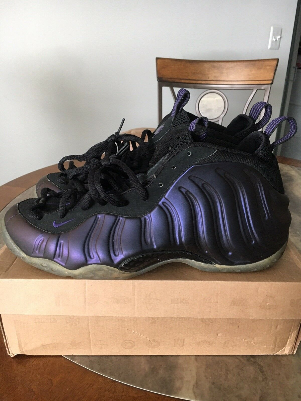 Nike Air Foamposite One Eggplant   Pre-owned Size 13 (2009)
