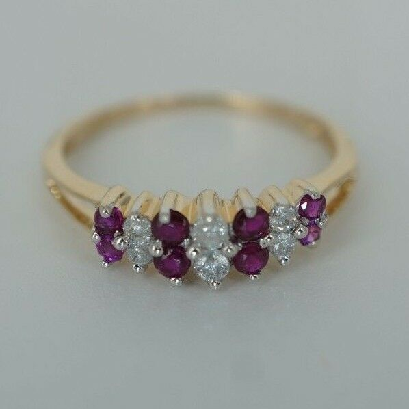 Beautiful Women's Ruby & Diamond Ring