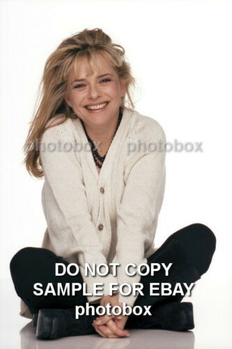 Exclusive Unpublished PHOTO  Ref 912 France Gall