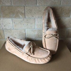 bd6bd9317c0 Details about UGG Dakota Slippers Moccasins Amber Light Suede Sheepskin  Size US 10 Womens