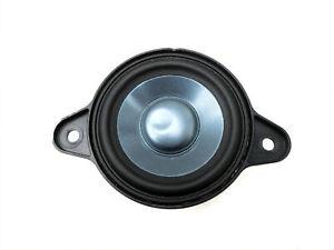 Lautsprecher Vo für Armaturenbrett Logic7 Mercedes W204 S204 C250 07-14