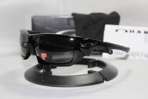 fd0cb86e703 New Oakley Scalpel Polished Black w Grey Polarized Sunglasses 009095 ...