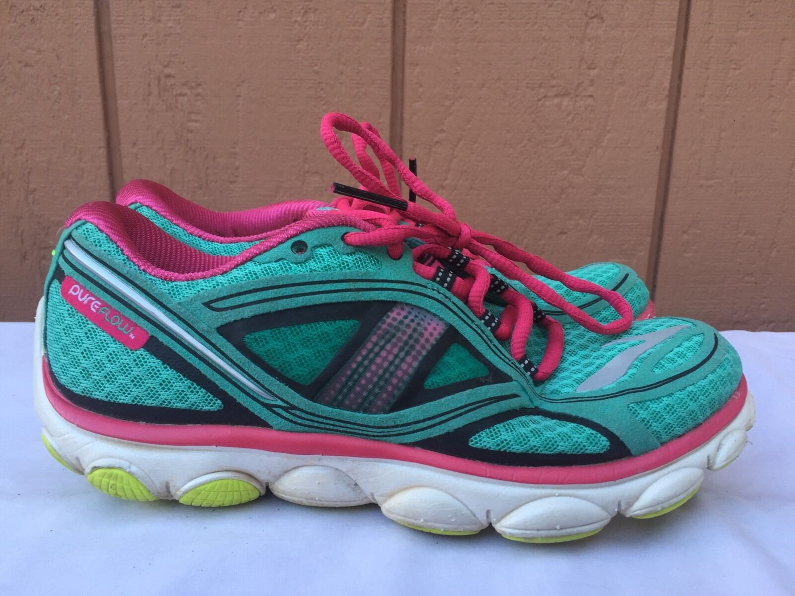 EUC Brooks Pure Flow 3 Women's Running Shoes Size US 6 M (B)