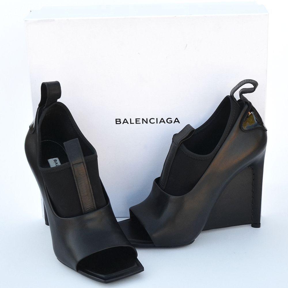 BALENCIAGA New sz 39 - 8.5 Authentic Designer Womens Heels shoes open toe black