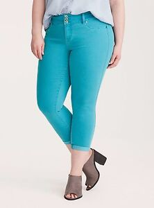 ccdb3338253 Torrid Cropped Capri Jeggings Pants Bright Blue Wash Plus SIze  26 ...