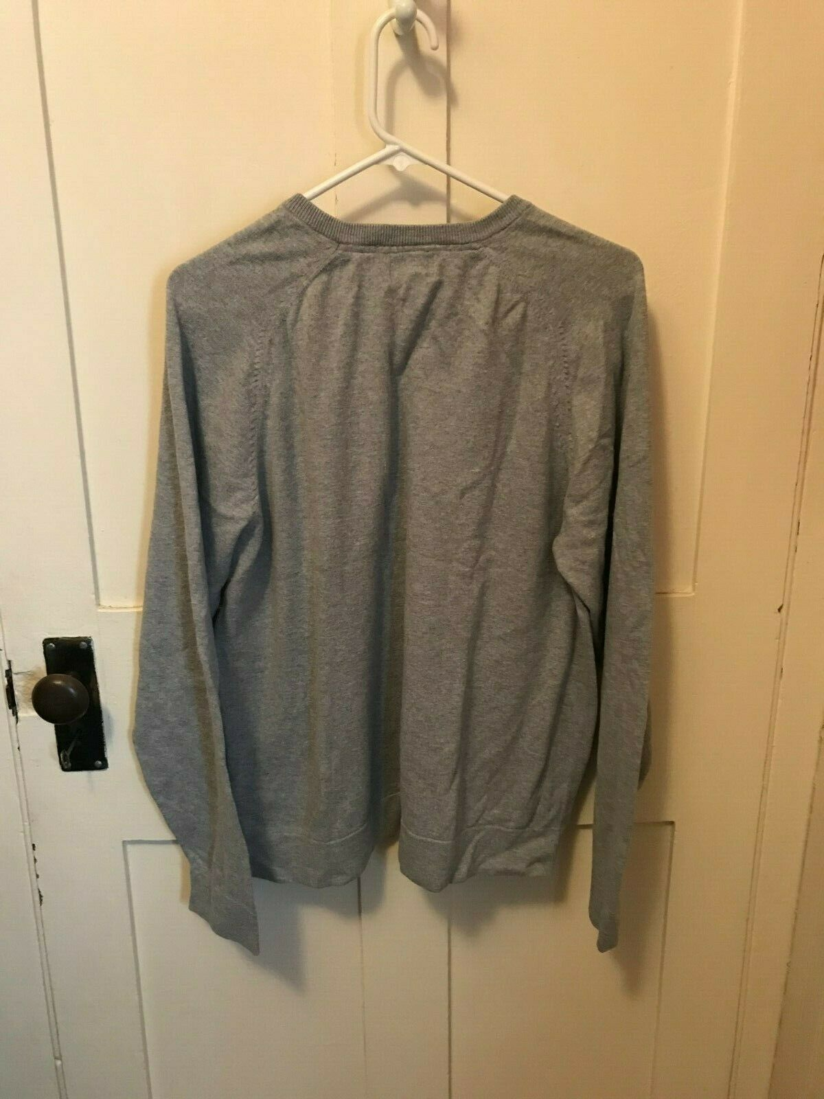 LL BEAN V NECK SWEATER GRAY SIZE LARGE - image 2